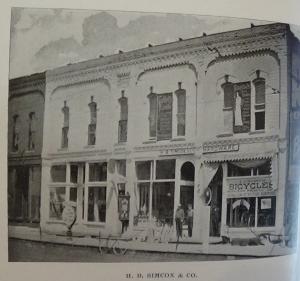 1898_036