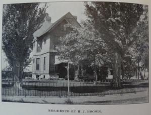 1898_076