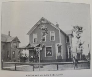 1898_083