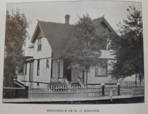 1898_084