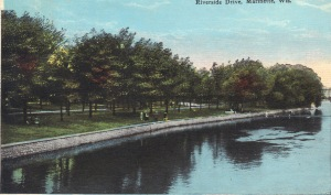 Riverside postcard 1915 color