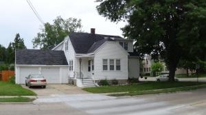 319 Gray St